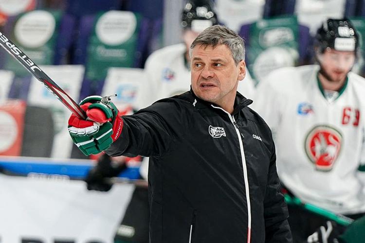 Квартальнов, несмотря настатус топ-тренера КХЛ, еще неразу невыигрывал Кубок Гагарина