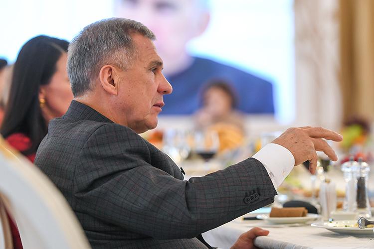 Рустам Минниханов: «Казань – хотите или не хотите – это столица всех татар!»