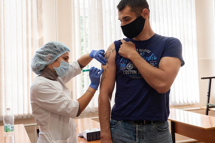 Насегодняшний день вреспублике организовано 153 пункта вакцинации, 50 изних мобильные