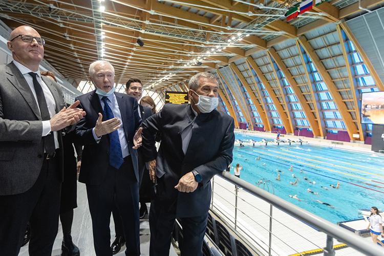 Показать Чернышенко именно Дворец водных видов спорта решили неслучайно. Сегодня Казань может считаться одним измировых лидеров вплавании— турнирами разной масти город укомплектован напять лет вперёд, втом числе чемпионатом мира 2025 года
