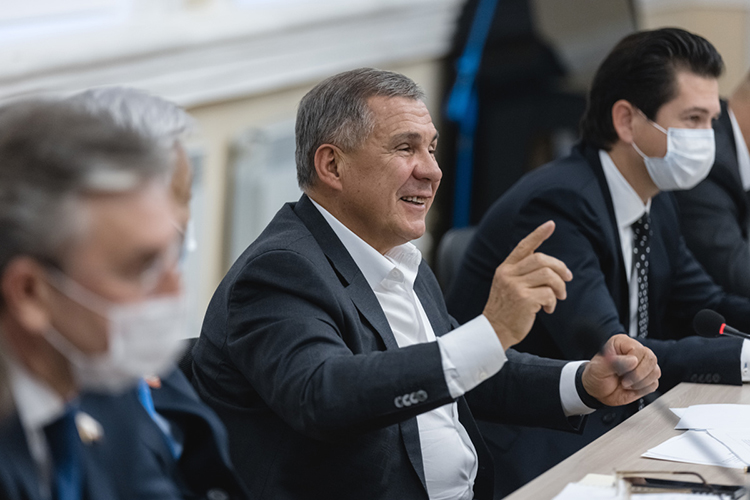 Фарид Абдулганиев:«Еще при принятии закона вконце прошлого года президент РТРустам Миннихановотметил, что нужно некоторое время для того, чтобы оценить, как онбудет работать. Сейчас мыполучаем отбизнеса предложения порасширению видов деятельности иизменению стоимости патента»