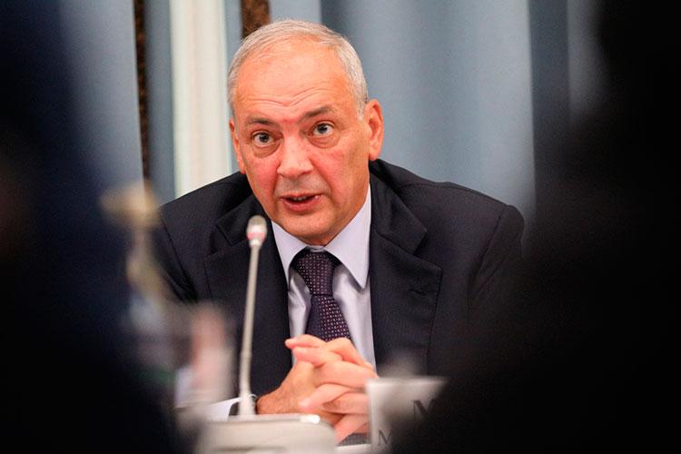 Магомедсалам Магомедов отметил, что вопрос сохранения языков народов России занимает одно из важнейших мест в национальной политике страны