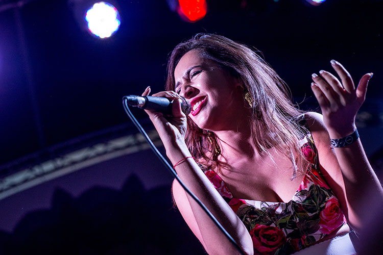 В итоге на конкурсе «Евровидение-2021» Россию представит певица родом из Таджикистана Манижа Сангин (Manizha)