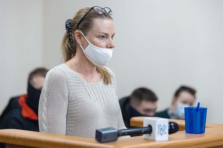 Накалила ибез того разогретую обстановку взале супруга замминистраЮлияСтепущенко