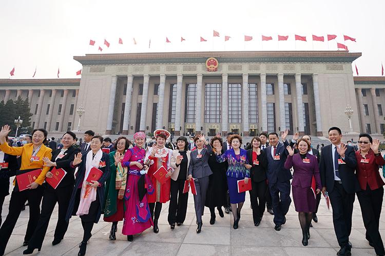 Выбора уКитая особого тоинет. Всвоем коридоре возможностей ондействует вполне логично. Получитсяли — вот это вопрос