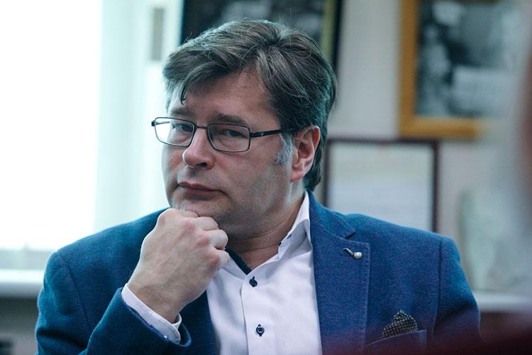 Алексей Мухин: «Правительствам Европейских стран необходимо все-таки иногда смотреть в глаза своим избирателям. Полагаю, что они примут разумное решение в этой непростой ситуации»
