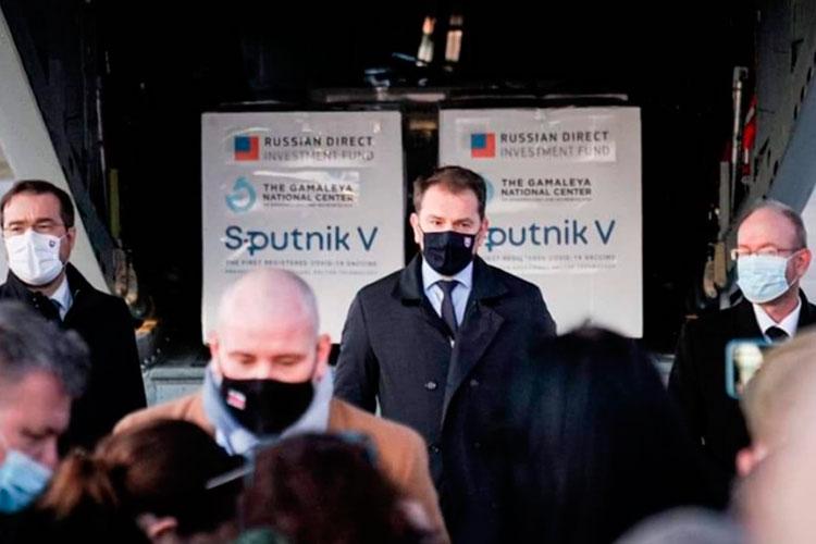 Венгрия и Словакия уже купили российский препарат