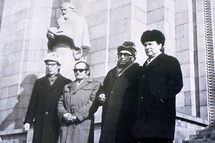 «В Узбекистане выходили труды по золотоордынской тематике. А нам было трудно. Казань всегда находилась под особым контролем центральных властей»