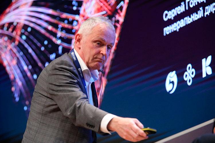 Президент и генеральный директор ПАО «Магнит» Ян Дюннинг:«Мыработаем с4,5 тысячамилокальных производителей, ивсем помогаем оптимизировать внутренние процессы»
