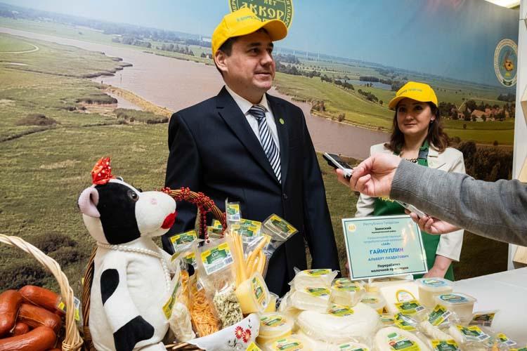 Альберт Гайнуллин: «Бизнес выгодный, мы начали с переработки, в дальнейшем хотим сами производить молоко, так было бы лучше»