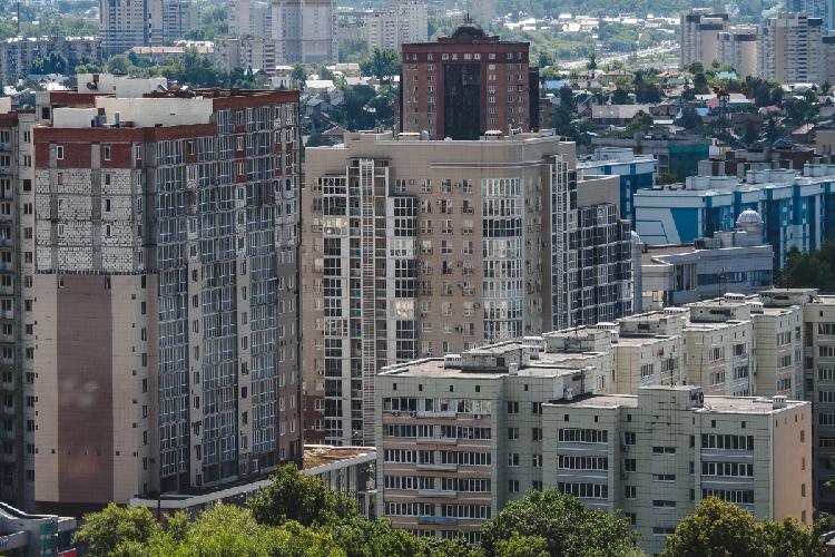 Хуснуллин убежден втом, что Россия сможет сделать так, чтобы каждый человек жил всвоем доме или своей квартире. Вближайшие 10 лет предстоит построить миллиард квадратных метров жилья