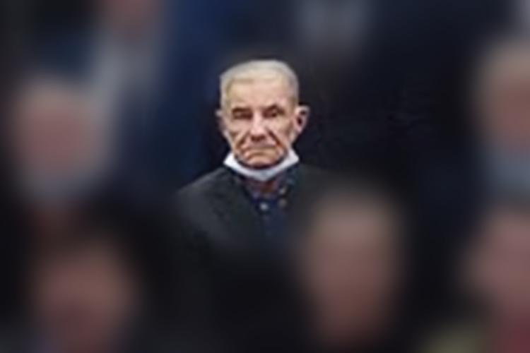 Михаил Иванович Тимохинродился в1934 году.Пенсионер жил обычной семейной жизнью. Соседи ветерана отзываются онем как оспокойном, хорошем человеке. Новпоследние годы нанего свалилась череда несчастий