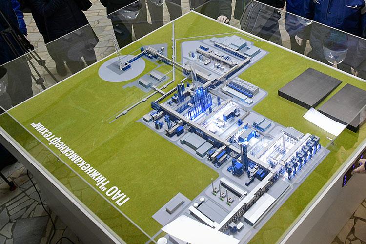Строительство этиленового комплекса на «Нижнекамскнефтехиме» — одна из крупнейших промышленных строек Татарстана в настоящее время