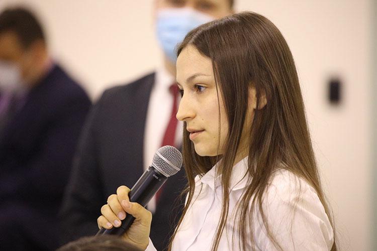 Лиана Пахарева попросила президента РТпомочь нашим банкам занять более активную позицию поподдержке самозанятых. Это будет способствовать занятости, увеличению доходов иустойчивого формирования данной группы предпринимателей