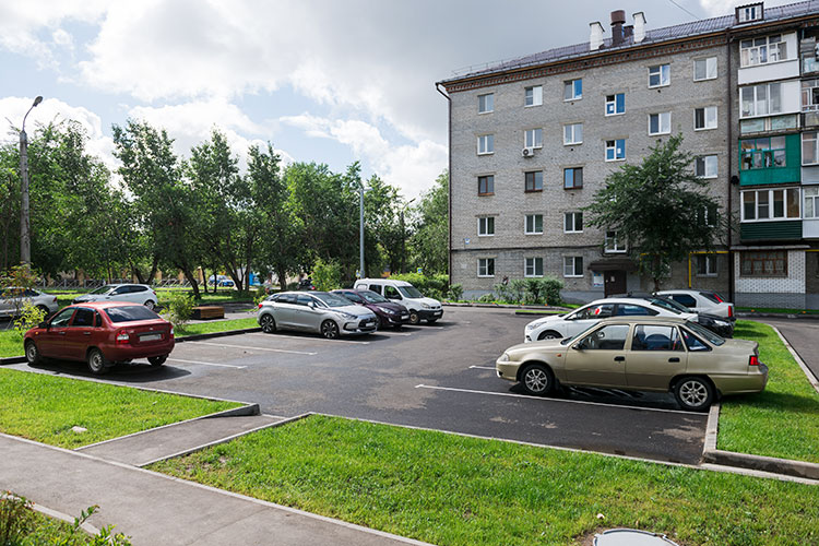 Двор на ул. Ш. Усманова после благоустройства