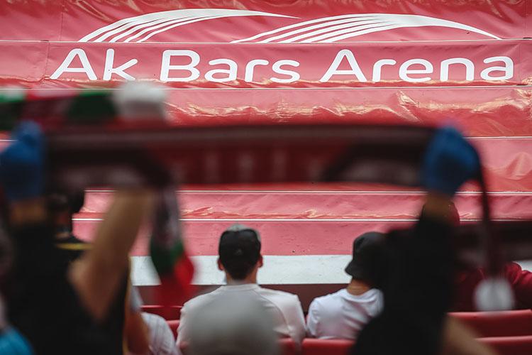 «Основное предназначение«АкБарс Арены»— проведение домашних матчей «Рубина», на которые должны приходить болельщики и с комфортом проводить время. Наличие или отсутствие задолженности не должно влиять на качество подготовки стадиона к матчу»