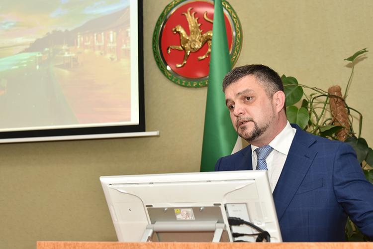 Вячеслав Макашин сообщил, что проект является туристическое-рекреационного комплекса «Камское устье»