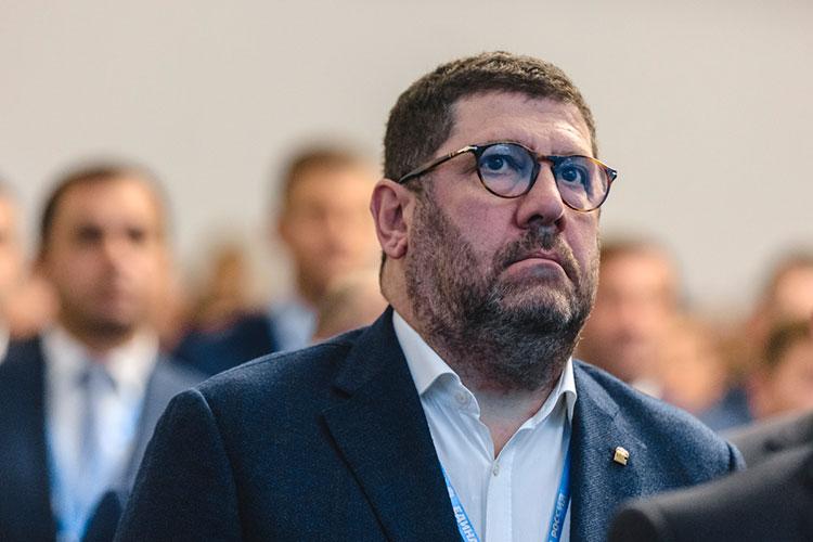 Вторым от региона и 134-м в общем зачете стал член комитета по охране здоровья Борис Менделевич