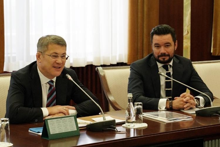 «Убежден, что Минниханов так же, как и Хабиров, считает, что очень сложно найти разницу между башкирами и татарами, что ее искать по-хорошему не надо»
