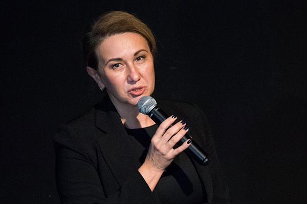Ирада Аюповаопределила три основные проблемы, связанные сразвитием социального театра. Доступность среды, навыки сотрудников и, как следствие, стирание всяких границ между инклюзивностью иусловной нормальностью