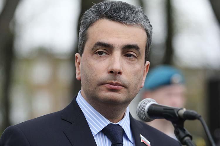 Лев Шлосбергпланирует выдвигаться вГосдуму отпартии«Яблоко»поодномандатному округу вМоскве