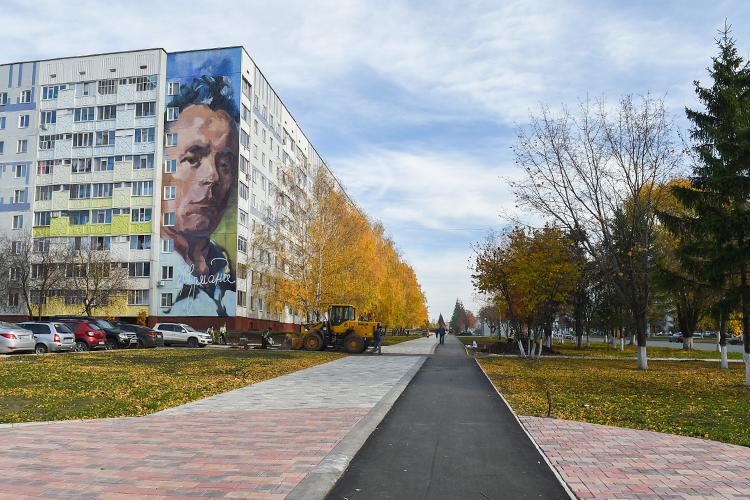 «Нижнекамск всегда был благоустроенным городом, зеленым»,— заметил Санков