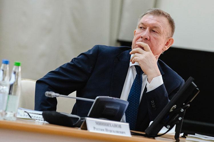 Кресло главы Волжско-Камского Росприроднадзора освободилось уже более полугода назад — официальный приказ об уходе Фарита Хайрутдинова вышел 30 сентября 2020 года