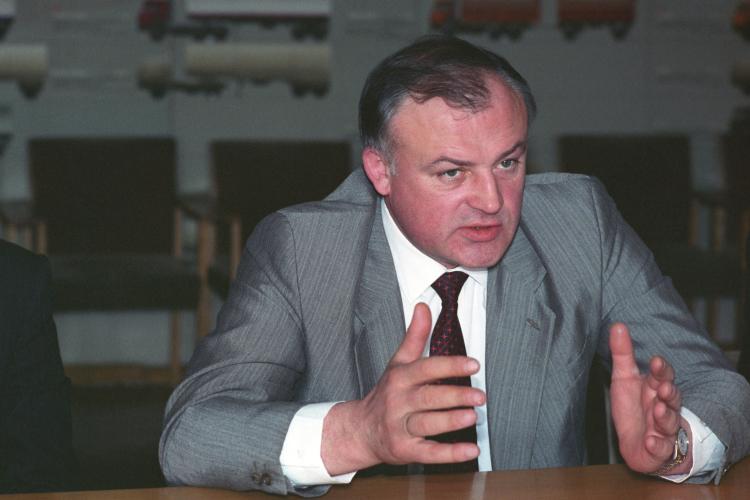 Много говорили отом, что Николай Иванович был выдающимся руководителем, талантливым организатором, позитивным, красивым, жизнелюбивым иочень позитивным человеком, которому верили люди изакоторым шли