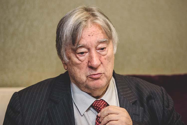 Александр Проханов:«Ксожалению, ясмотрю нанашу среду интеллектуальную иполитическую,яневижу там нитакого ансамбля людей, нитакого крупномасштабного лидера»