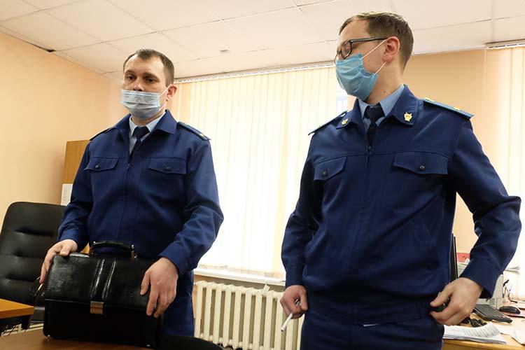 Гособвинение интересовала сама организация «Аида иД» (на фото: Руслан Губаев и Динар Чуркин (справа)