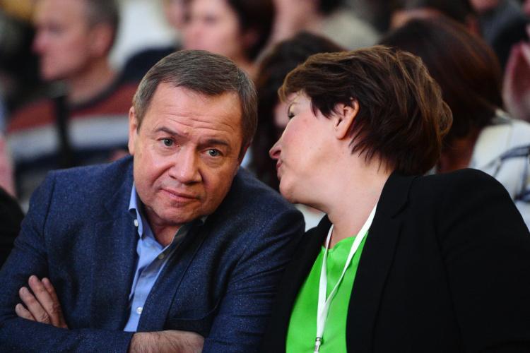 Узятя бывшего президента РоссииБориса Ельцинаиэкс-главы АПРФВалентина Юмашева(слева) нашли виллу наКарибах за15млн евро сособняком площадью 2,5 тысячи кв/м