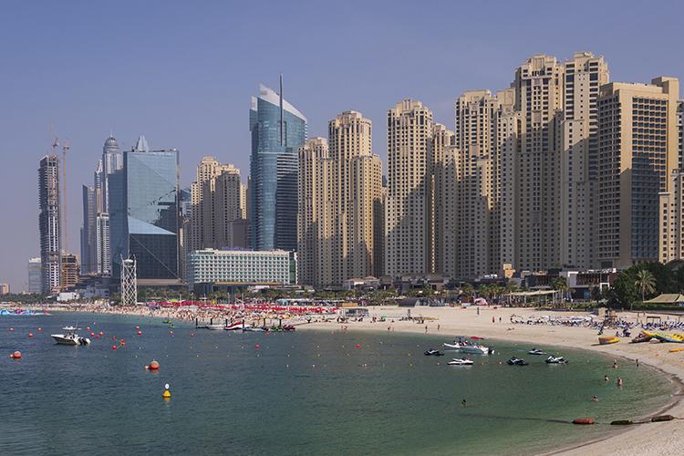 Сбезопасностью вЭмиратах все навысшем уровне. Это одна изпервых стран, отели которой начали получать сертификаты безопасности поCOVID-19