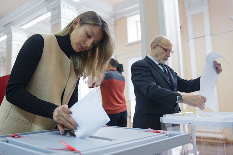 Доглавного политического события 2021-го, выборов вГосдуму, остается менее полугода. Голосование пройдет 19сентября, ноизбирательную кампанию уже можно считать официально открытой