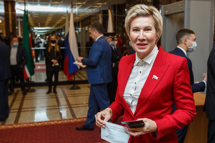 Изныне действующих депутатов Госдумы внем точно, как утверждают собеседники «БИЗНЕС Online», останетсяОльга Павлова, которая впрошлый раз шла посписку под сомнительным 11 номером