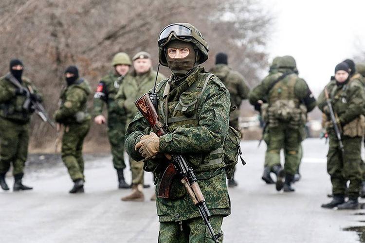 «Ясчитаю, что угроза есть, ноянадеюсь: киевскому режиму хватит здравого смысла. Прежде всего, приходится рассчитывать накураторов, аненасамого Зеленского»