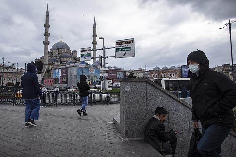 Турцию закрыли для россиян. Порешению оперативного штаба поборьбе скоронавирусом РФприостанавливает авиасообщение сТурцией иТанзанией с15апреля по1июня