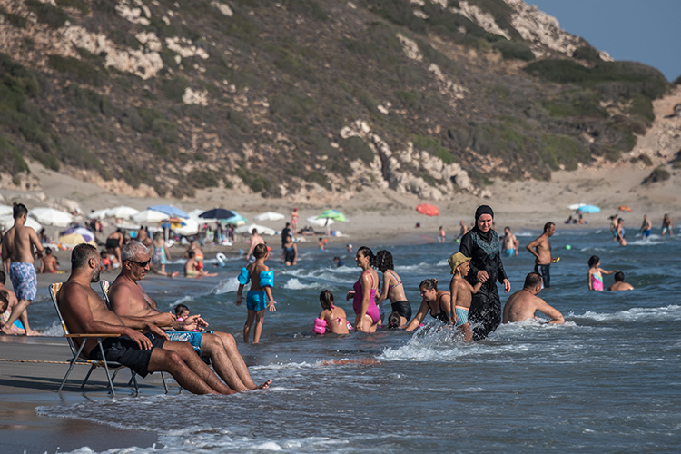 «Фактическое закрытие напиковый период самого популярного туристического выездного направления— огромный удар потуристической отрасли.Масштаб ипоследствия могут быть сравнимы только сзакрытием границ вмарте 2020 года»