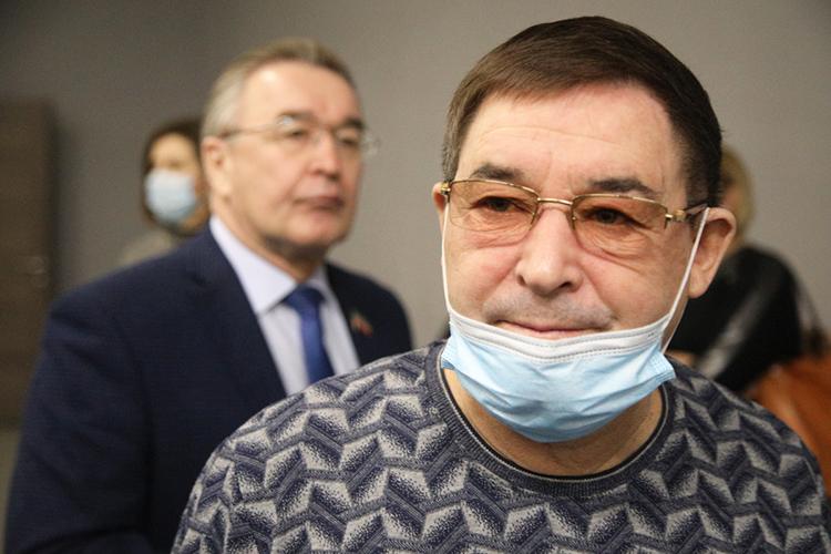 Салават Фатхетдинов:«Мне просто стыдно, что комне вдетский фонд обращаются, иянемогу помочь»
