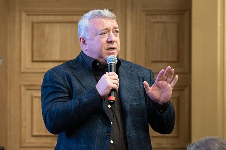 Основатель ГК«Нэфис»Ирек Богуславскийзаработал, согласно декларации, 49,2млн рублей, причем это на18млн больше, чем в2019 году