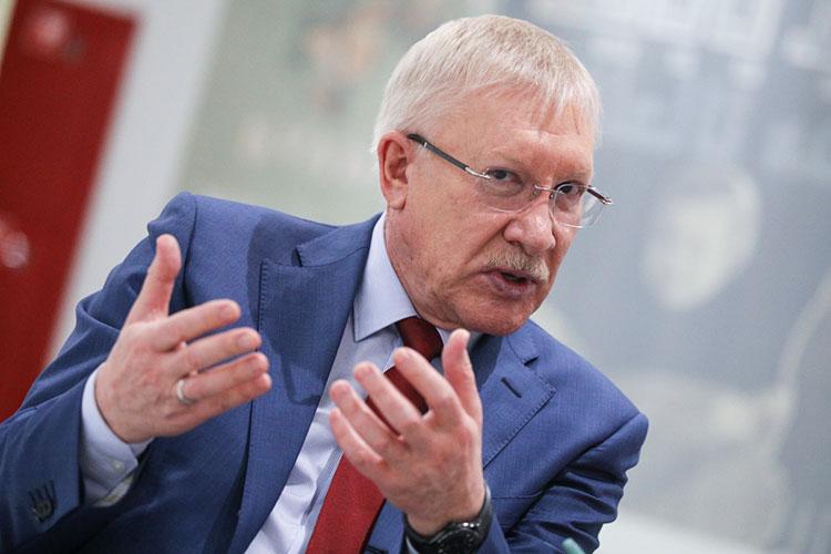 Самый «полезный» издепутатов отреспубликиОлег Морозовзаработал ссупругой 11,3млн рублей, тогда как вдолжности сенатора в2019-м онполучил только 10,5 миллионов