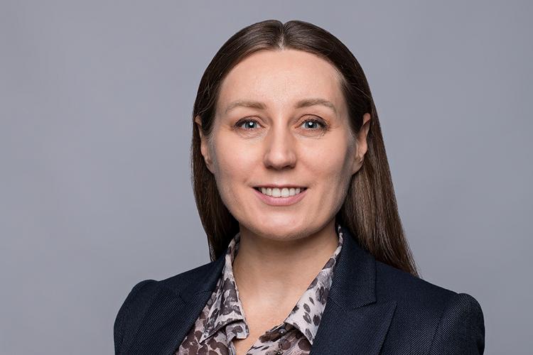Юлия Попова: «С1января 2021 года кадровый электронный документооборот (КЭДО) легализован для удаленных сотрудников повсей России»