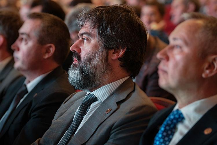 20 апреля брокер ВТБ провел видеоконференцию «Диалог с компанией «Татнефть» с участием помощника генерального директора по корпоративным финансам «Татнефти» Василия Мозгового
