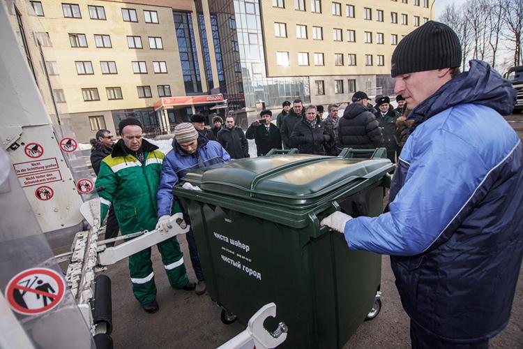 Домусорной реформы КФУ платил завывоз отходов от7 до8млн рублей вгод. В2019-м региональный оператор выставил имценник в19 миллионов