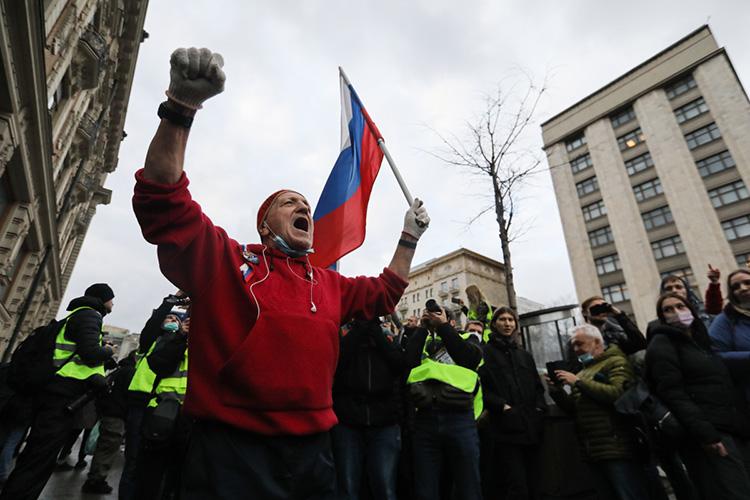 «Когда я слушаю сторонников Навального, у меня возникает ощущение, что ребята не до конца понимают, в какую они играют игру — в шахматы, шашки, поддавки или вообще в лапту? И в этом смысле ситуация сильно другая»