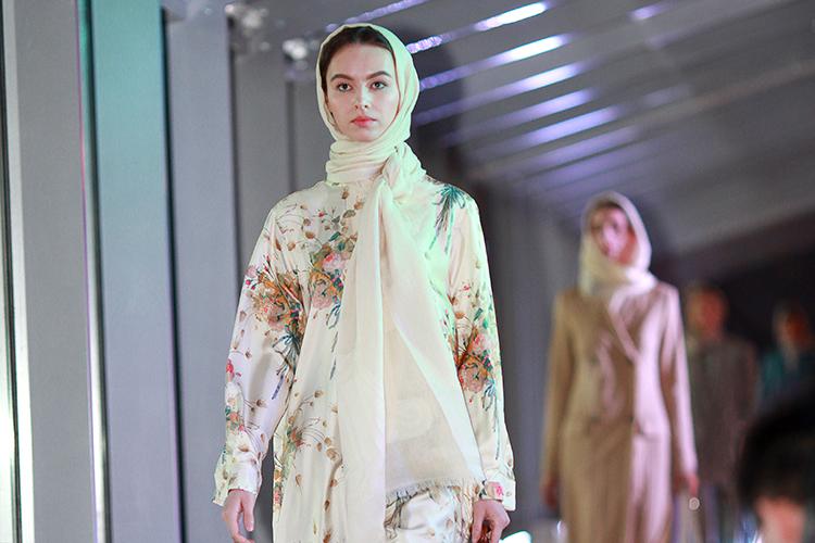 Хедлайнером Fashion Iftar вэтом году стал итальянский модный дом Max Mara, который активно развивает направление modest fashion