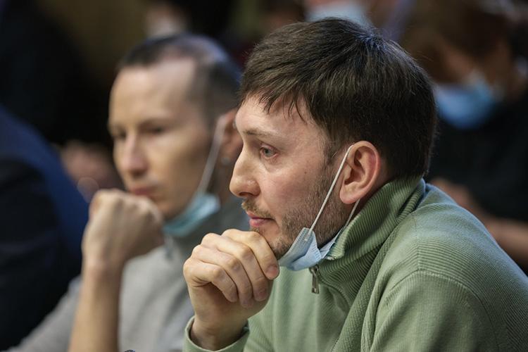 Рим Акчуринпопросил, чтобы татары, проживающие запределами республики, могли участвовать втворческих конкурсах, которые проводятся вреспублике