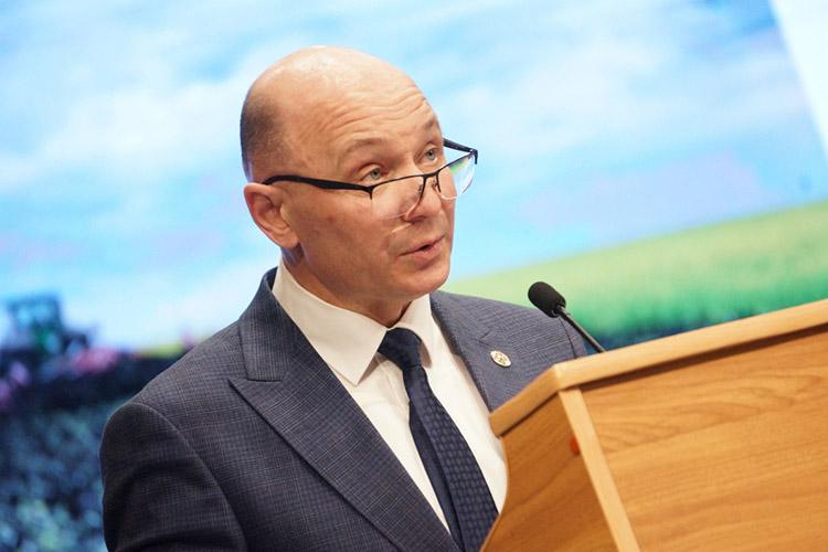 Наитоговой сессии вфеврале Фаил Камаев отметил, что темпы развития инженерной, коммунальной исоциальной инфраструктуры несоответствуют темпам развития индивидуального жилищного строительства врайоне