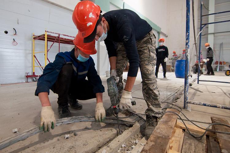 «Большие штрафы чаще всего бывают вобласти дорожного строительства истроительства зданий, где наибольшие суммы контрактов изначительные объёмы работ»
