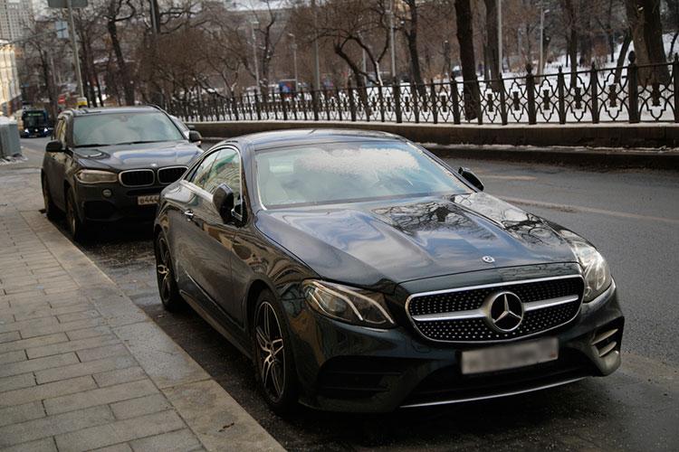 Mercedes в Татарстане показал нулевую динамику, но следует учесть, что спрос на машины немецкой марки остается на максимальных исторических значениях — 288 регистраций