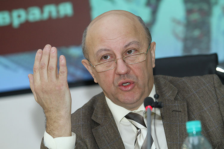Андрей Фурсов: «Нынешняя экономика США представляет собой пирамиду того, что замечательный советский экономист Юрий Васильевич Ярёменко называл «вертикальной экономикой»